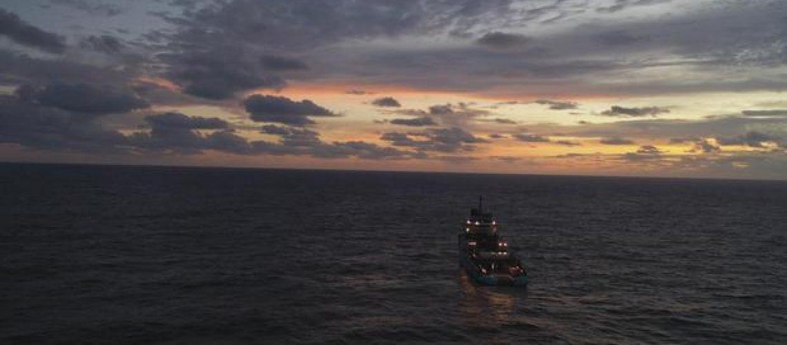 maersk-launcher-sunset